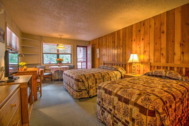 Castle Estes Park Motel Rooms-1-2