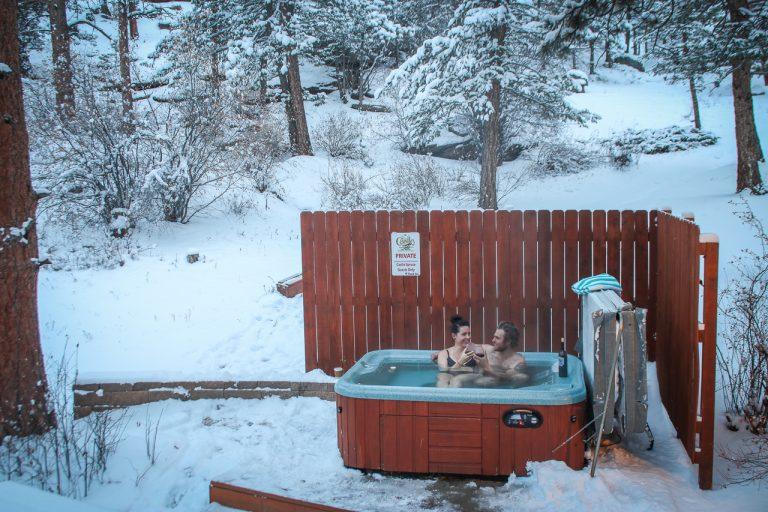 Castle Spruce Estes Park Cabins-1-2