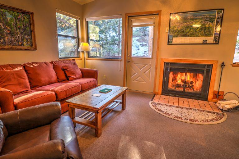 Castle Spruce Estes Park Cabins-6