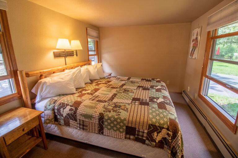private cabins in colorado